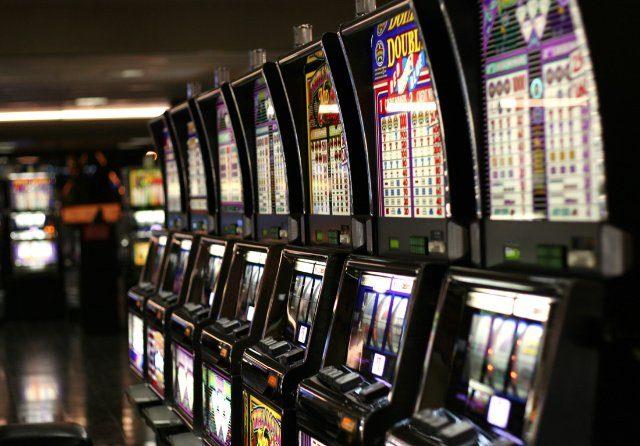 Игровые слоты и прочие азартные развлечения